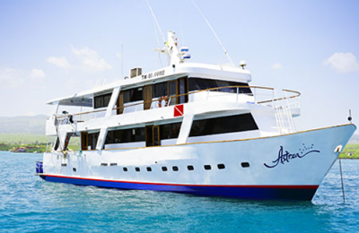 astrea diving yacht